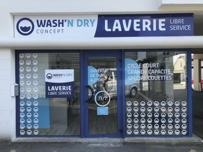 Façade Laverie Libre service Wash'n Dry à Angers